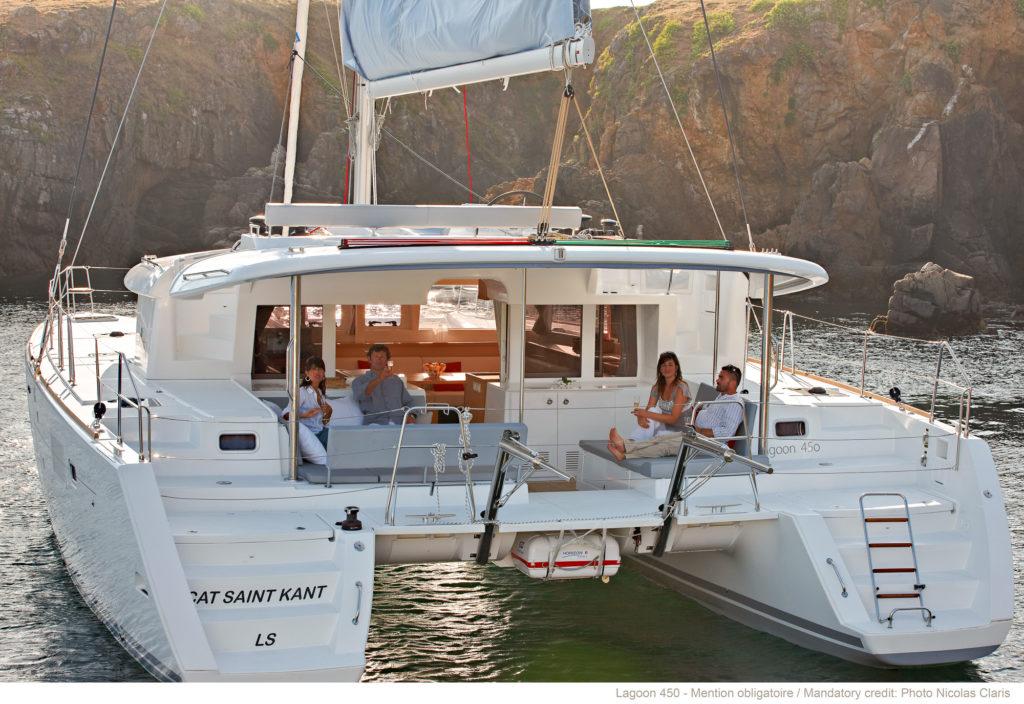 Catamaran Lagoon en corse